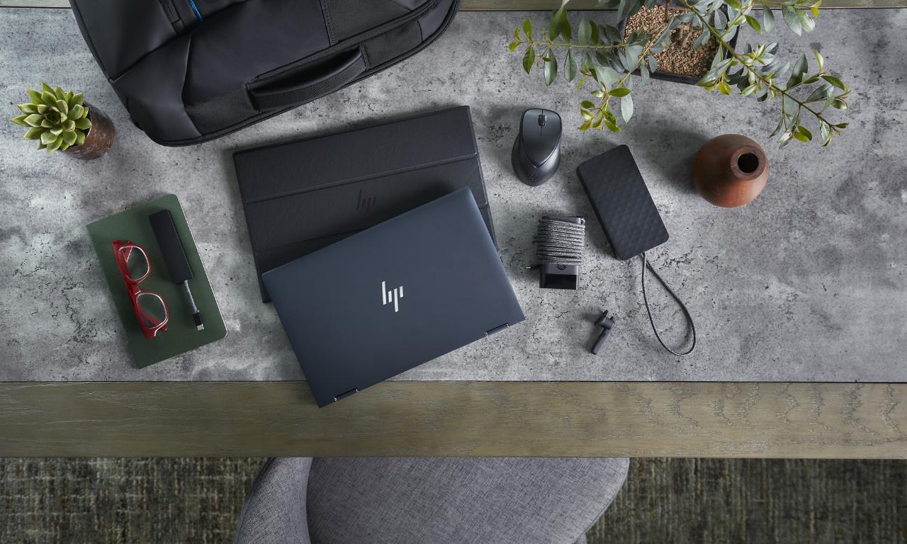 HP lancia il laptop Elite Dragonfly